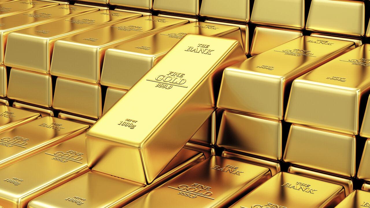 Золото достигает рекордных пиков по фиксации прибыли, помогает доллару восстановить стоимость