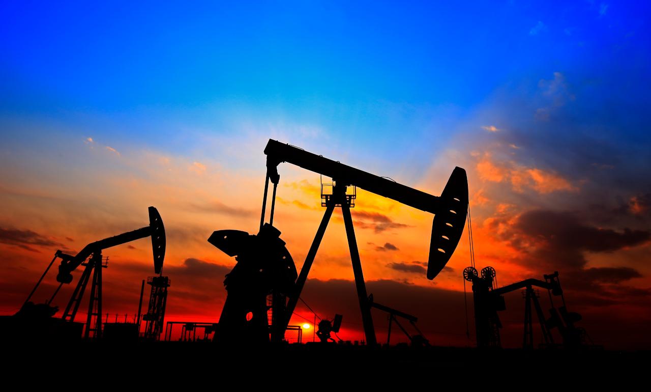 Цены на нефть растут на фоне закрытия добычи в США и прогресса в лечении Covid-19