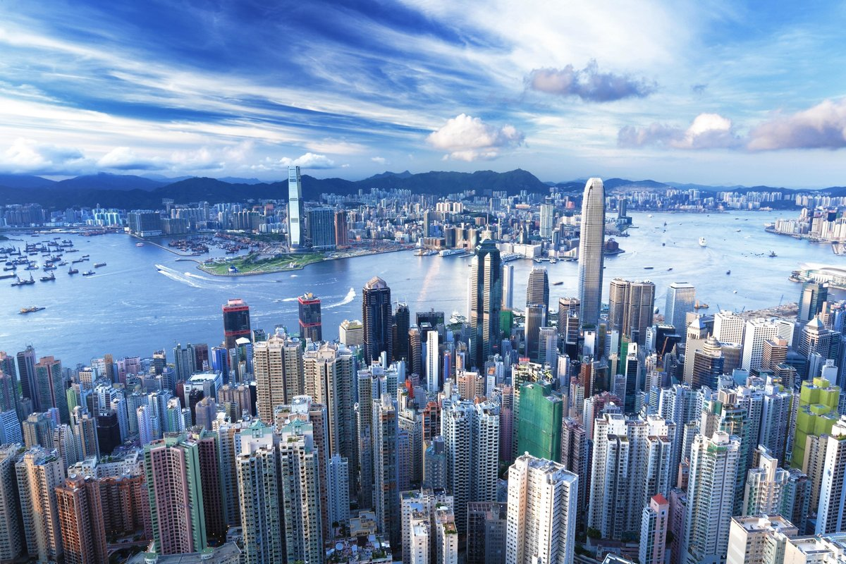Китайские инвесторы скупают недвижимость в Гонконге, поскольку новый закон отпугивает иностранцев